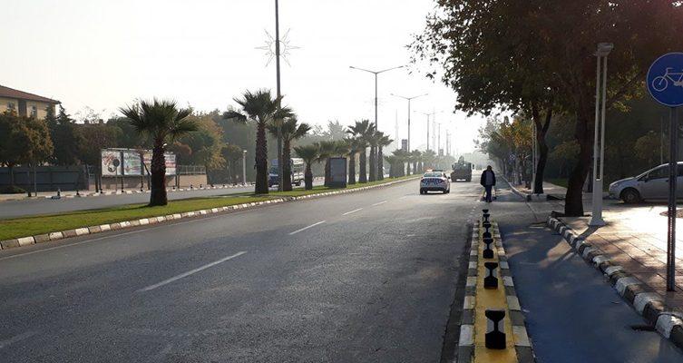 Mehmet Akif Ersoy caddesine park yasağı getirildi