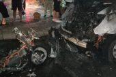 Kundaklanan motosiklet, servis minibüsünü de yaktı